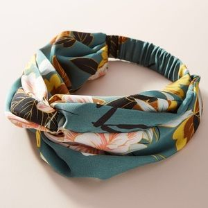 Anthropologie Hatteras knotted headband in green